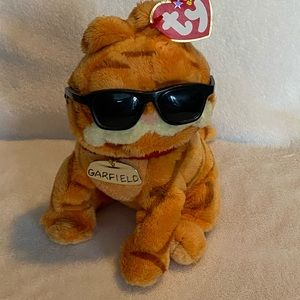 """2004 with tags Garfield cool cat Ty 6"""" wearing sunglasses and name tag soft cute"""